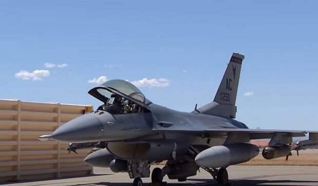 Украина начала готовить военные аэродромы для приёма самолётов НАТО