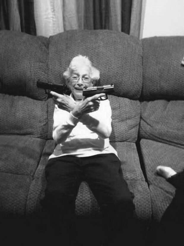 Смешные картинки про бабушек (15 фото)
