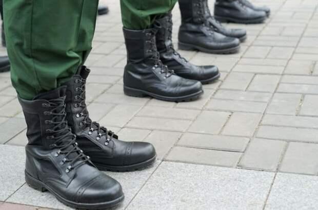 Кабмин повысил оклады военнослужащим