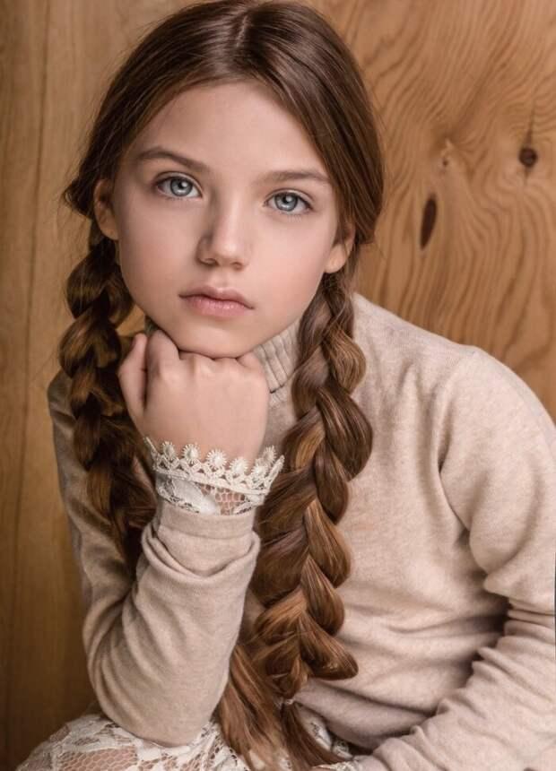 """Такая красивая у тебя дочка, Андрей? Или еще лучше? В насколько """"выдержанные""""  руки ей лучше попасть?"""