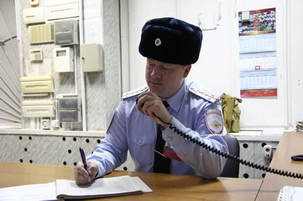 На Камчатке мужчина устроил стрельбу из строительного пистолета в отделе полиции