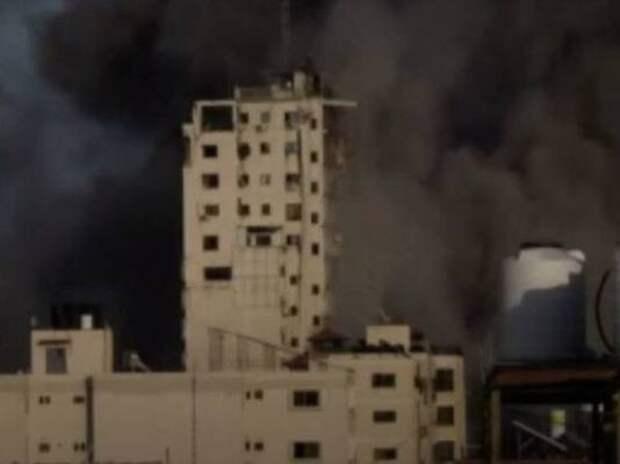 Авиаудары Израиля оставили сектор Газа без света и воды