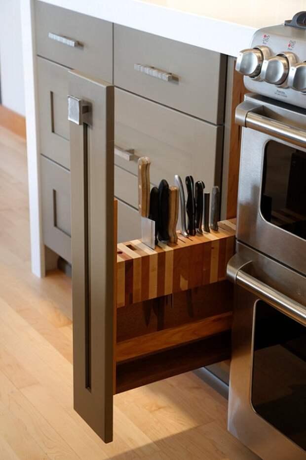 Оптимальный вариант для хранения ножей, что создаст уютную обстановку.