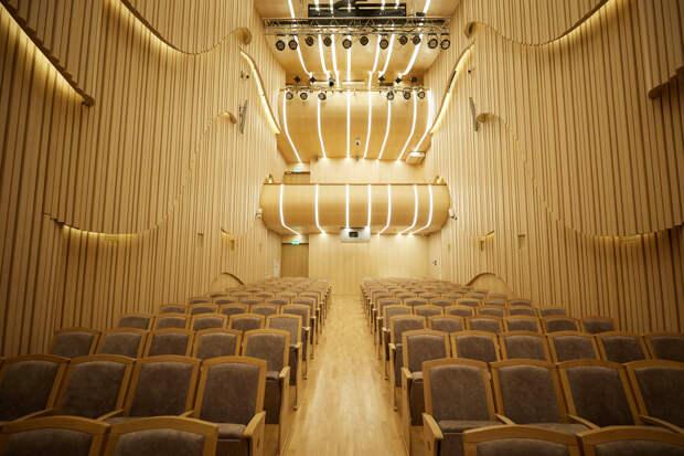 Как выглядит новый камерный зал Мариинского — и как попасть туда раньше всех? Четыре фото и совет