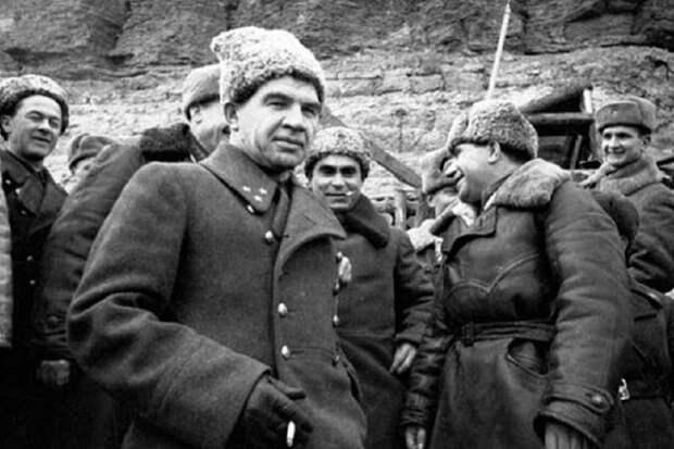 Как Солженицын оплевал Сталинградскую битву