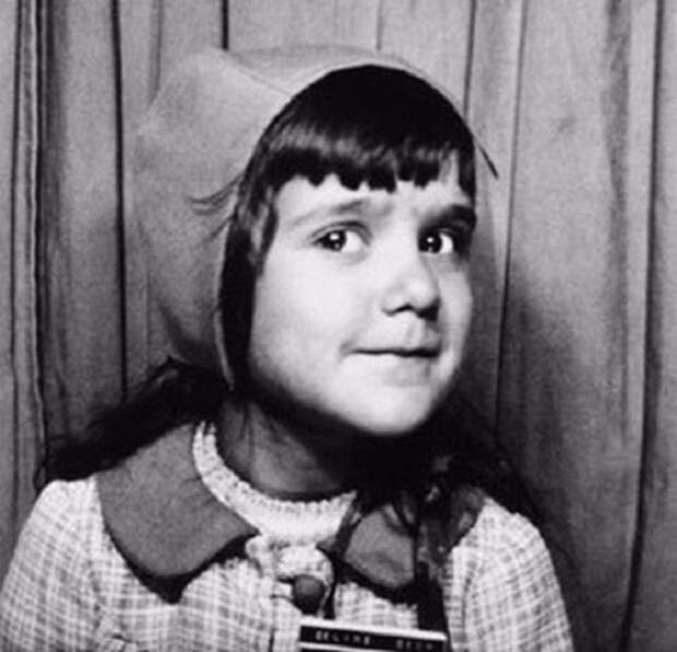 Канадская певица, ставшая звездой еще в подростковом возрасте.