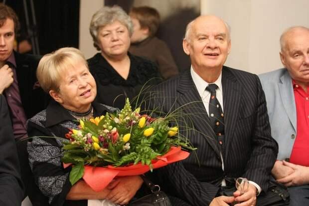Александра Пахмутова и Николай Добронравов выписались из больницы