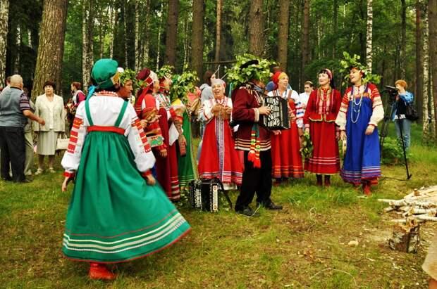 Праздник Красная горка - обряды и традиции