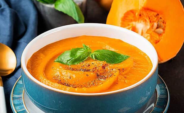 Суп-крем из тыквы для лета и жары: просто смешиваем ингредиенты в блендере