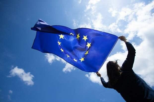 Какими такими ценностями постоянно прикрывается Европа