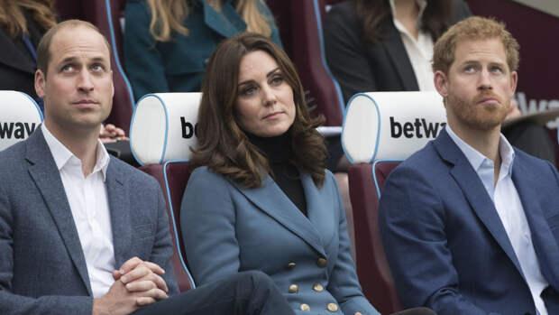 Британцы надеются на примирение принцев Гарри и Уильяма