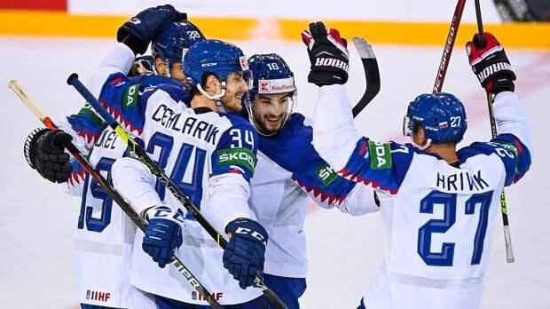 «Я не понимаю, почему мы всегда так боялись русских?» Что говорят в Словакии после победы над сборной России