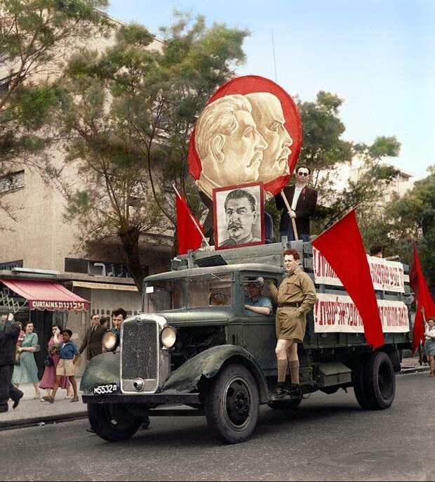 Первомайский парад в Тель-Авиве, Израиль, 1947 год (раскрашенное фото)