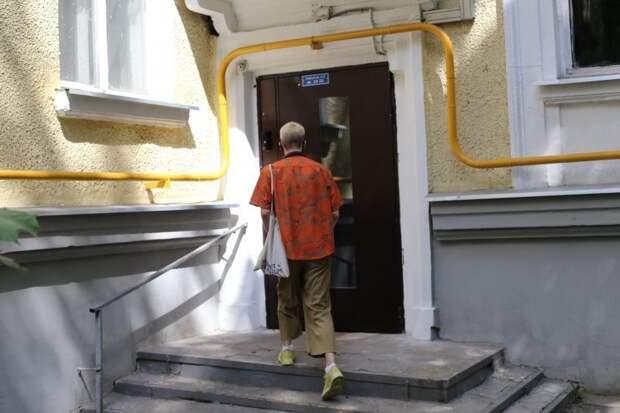 На входной двери отрегулировали магнит/Ярослав Чингаев, «Юго-Восточный курьер»