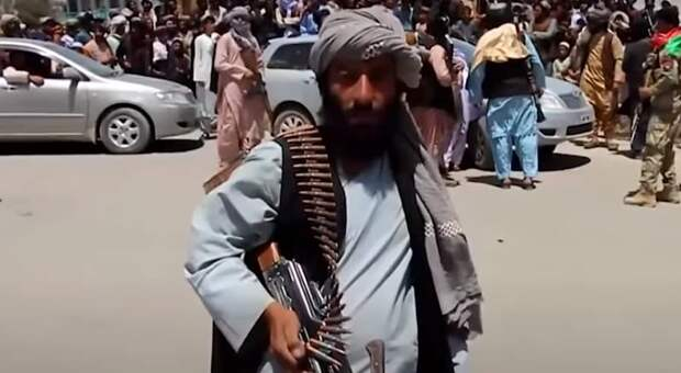 Афганистан сегодня: смена власти и главные новости на 16 августа