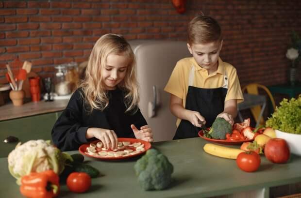 Медики назвали плюсы и минусы веганской диеты для детей