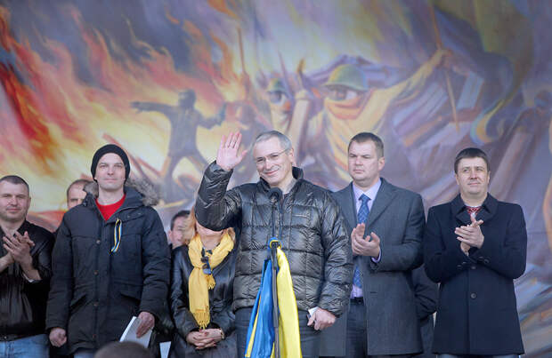 Информ-помойки Ходорковского покатили бочку на Шойгу