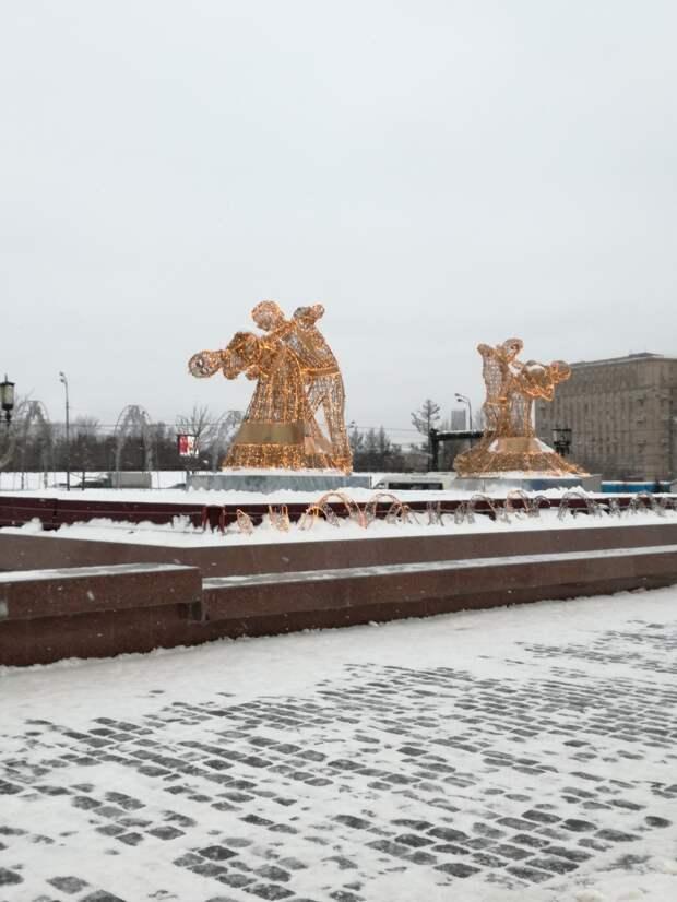 Ледовые скульптуры на Поклонной горе