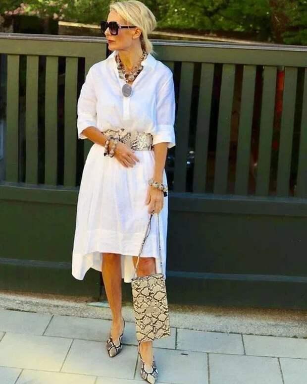 Как выглядеть моложе: Стильные образы 56-летней немецкой модницы