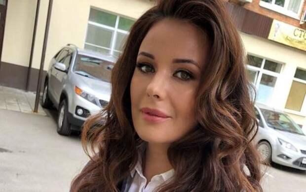 """""""Как девочка"""": 41-летняя Оксана Федорова показала лицо без яркого макияжа"""