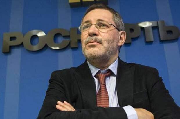 «Вернуть 25 лет армии!»: соцсети обсуждают предложение пресс-секретаря «Роснефти» лишить молодежь права голоса
