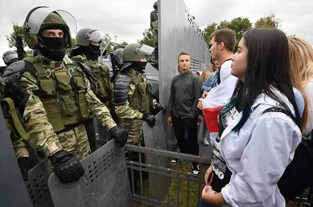 Белоруссия перед выбором: мнения экспертов
