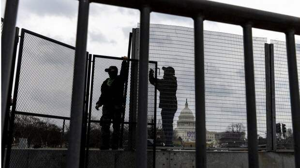 По всем Штатам объявлен режим ЧС после ареста в Капитолии
