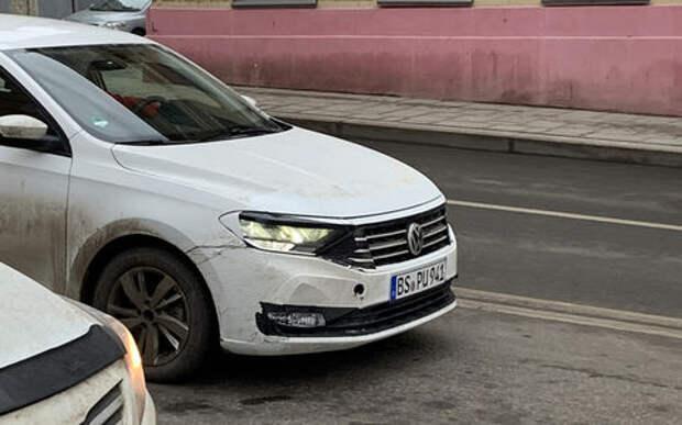 Новый Volkswagen Polo сфотографировали на испытаниях в Москве