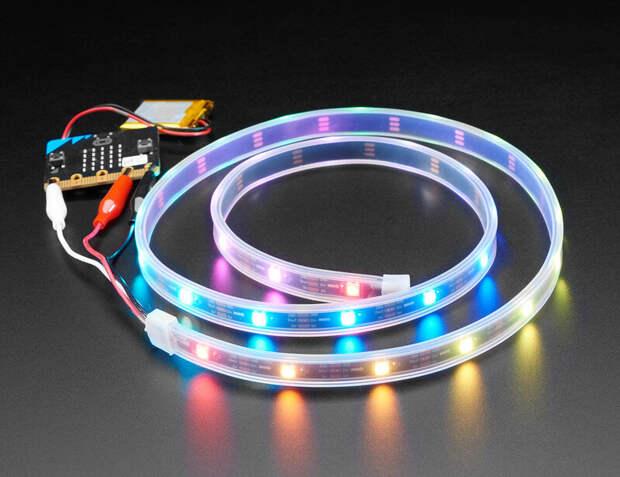 Светодиодные индикаторы подключены к драйверам, которые преобразуют переменный ток в постоянный ток (Фото: flickr)