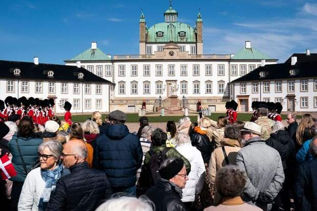Вопреки традициям: королева Дании Маргрете II по-особенному отметила 81-летие