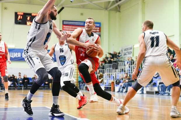Ижевская команда «Купол-Родники» уступила баскетболистам из «Спартака»