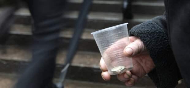 Скромность или привычка к нищете. Экономист не верит, что можно прожить на 12,5 тыс. рублей