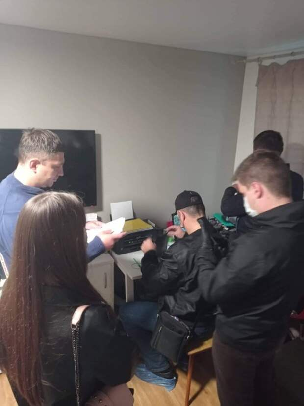 Силовики задержали крымского активиста Большедворова