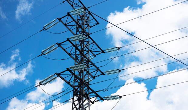 Впоселках под Екатеринбургом сотни жителей остались без электричества и отопления