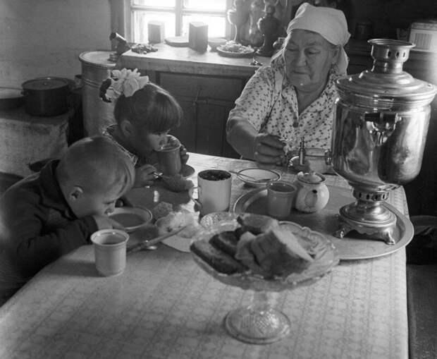 И еще раз накормят.... деревня, история, факты