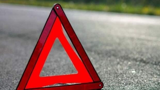 ДТП в Севастополе: троллейбус столкнулся с кроссовером