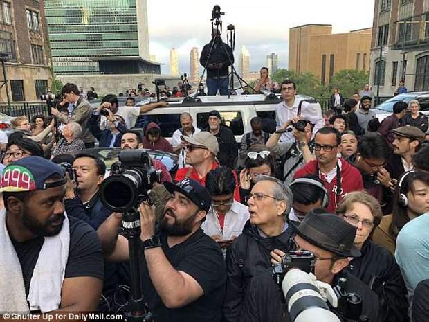 На Манхэттене образовались пробки из-за людей, фотографирующих закат