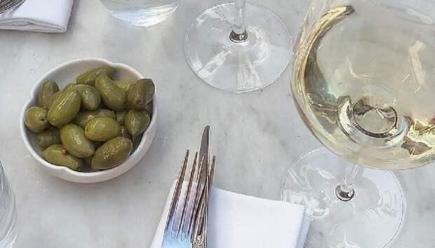 Что полезнее — оливки или маслины?