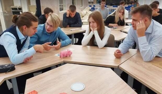 В школе на Рязанском проспекте открылся IT-полигон