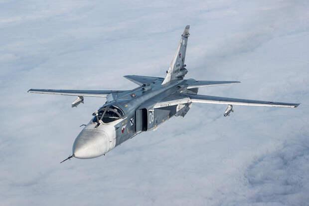 Military Watch оценил шансы эсминца Defender в поединке с Су-24М