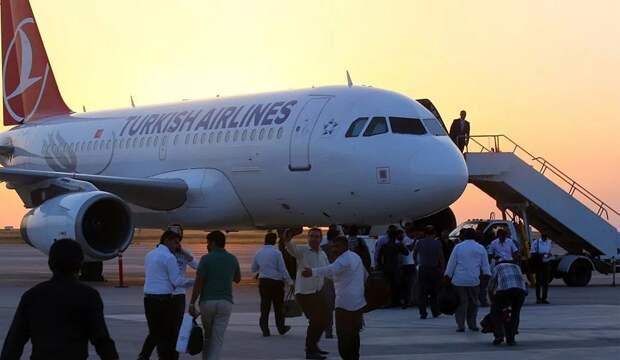 Как вернуть транзитных пассажиров турецких авиакомпаний в Россию