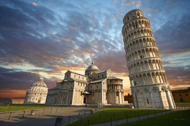Вероятность того, что Бонанно Пизано вовсе не является автором всемирно известной Пизанской башни, очень высока / Фото: vasylivservice.com
