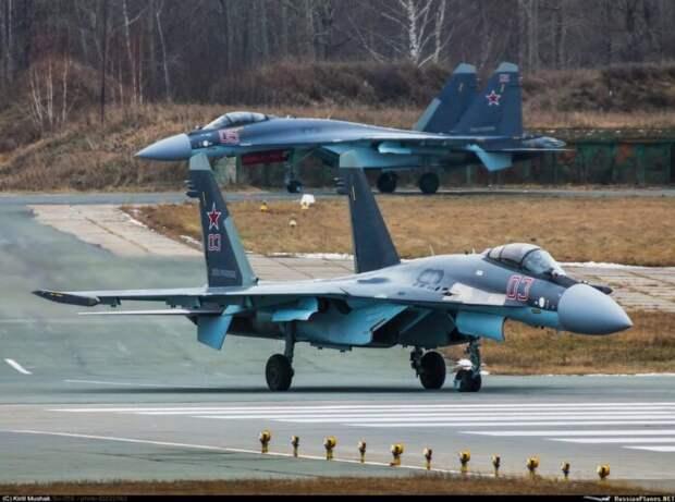 Россия перебрасывает вБелоруссию истребители Су-30 и Су-35