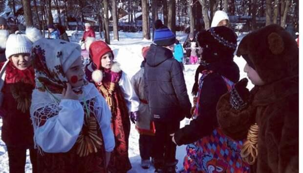 Хороводы и мастер‑классы по народным промыслам пройдут в музеях Подмосковья на Масленицу