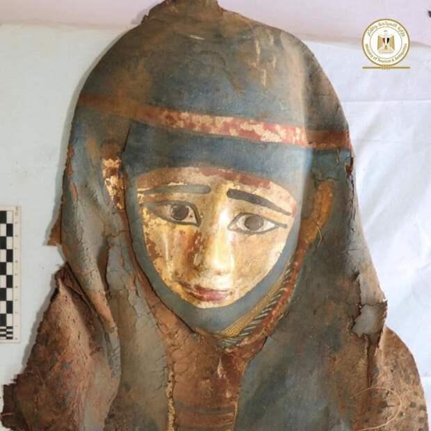 Мумия женщины из Саккары. Раскопки января 2021 года / Министерство туризма и древностей Египта