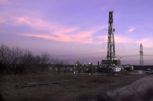 Месторождение сланцевого газа Барнетт близ Форт-Уэрта, штат Техас
