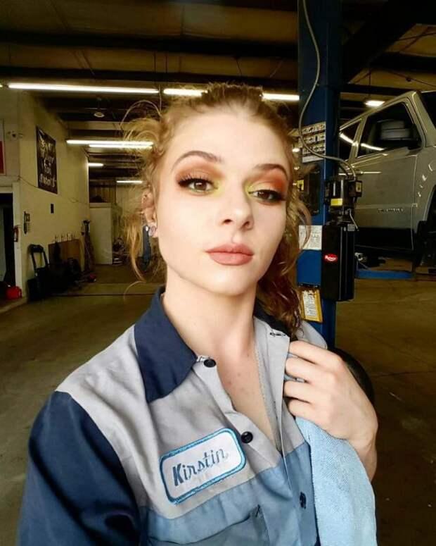 Девушка-механик потеряла работу из-за откровенных фото на «взрослом» сайте