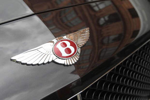 Машины мажоров и олигархов: в России посчитали роскошные автомобили