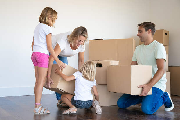 Семьи с двумя детьми освободят от уплаты налога с продажи жилья