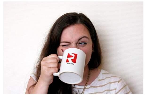 2. Оставлять чайную ложку в чашке чая в мире, жизнь, иностранцы, люди, привычки, россия